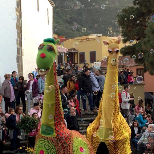 Bolina-Titeres-Compañia-de-teatro-Islas-Canarias-Jirafas-de-colores-09.jpg